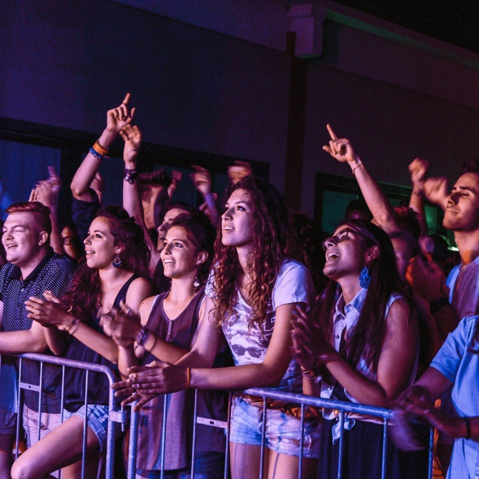 the-sun-rock-band-live-concert-fan-tour-cuore-aperto