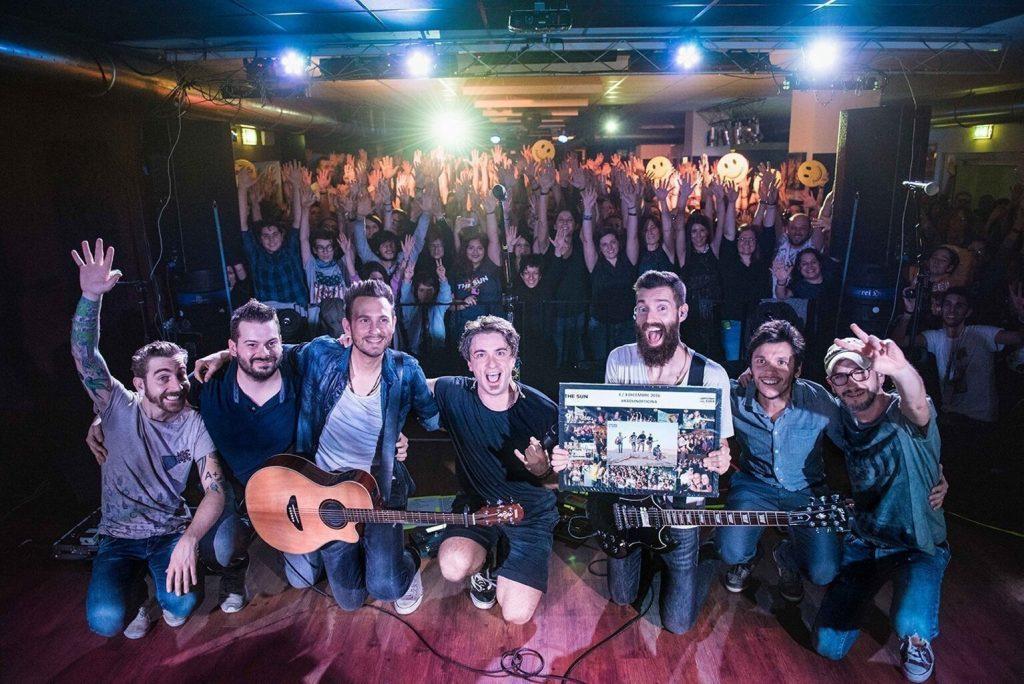 The Sun rock band live 19 anni concert