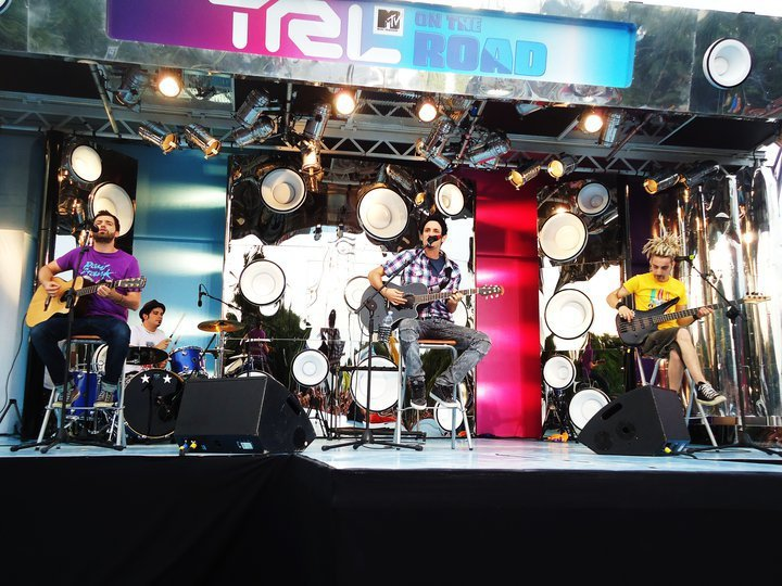 the sun rock band live trl on the road